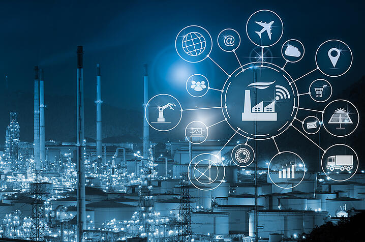 Industry-4.0-concept-smart-factory-with-icon-flow